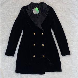 MISSGUIDED Black velvet gold button blazer dress